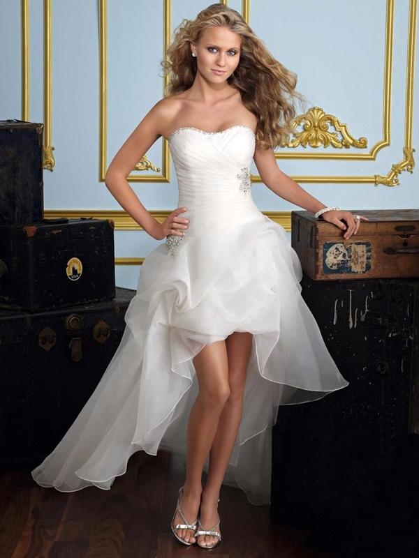 a3b6efc3f0 női ruha webshop | elöl rövid hátul hosszú menyasszonyi ruha ...