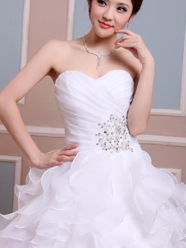 966b61137c női ruha webshop | nagy fodros aljú esküvői ruha | Axadion női divat ...